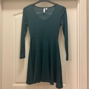 Francesca's green dress